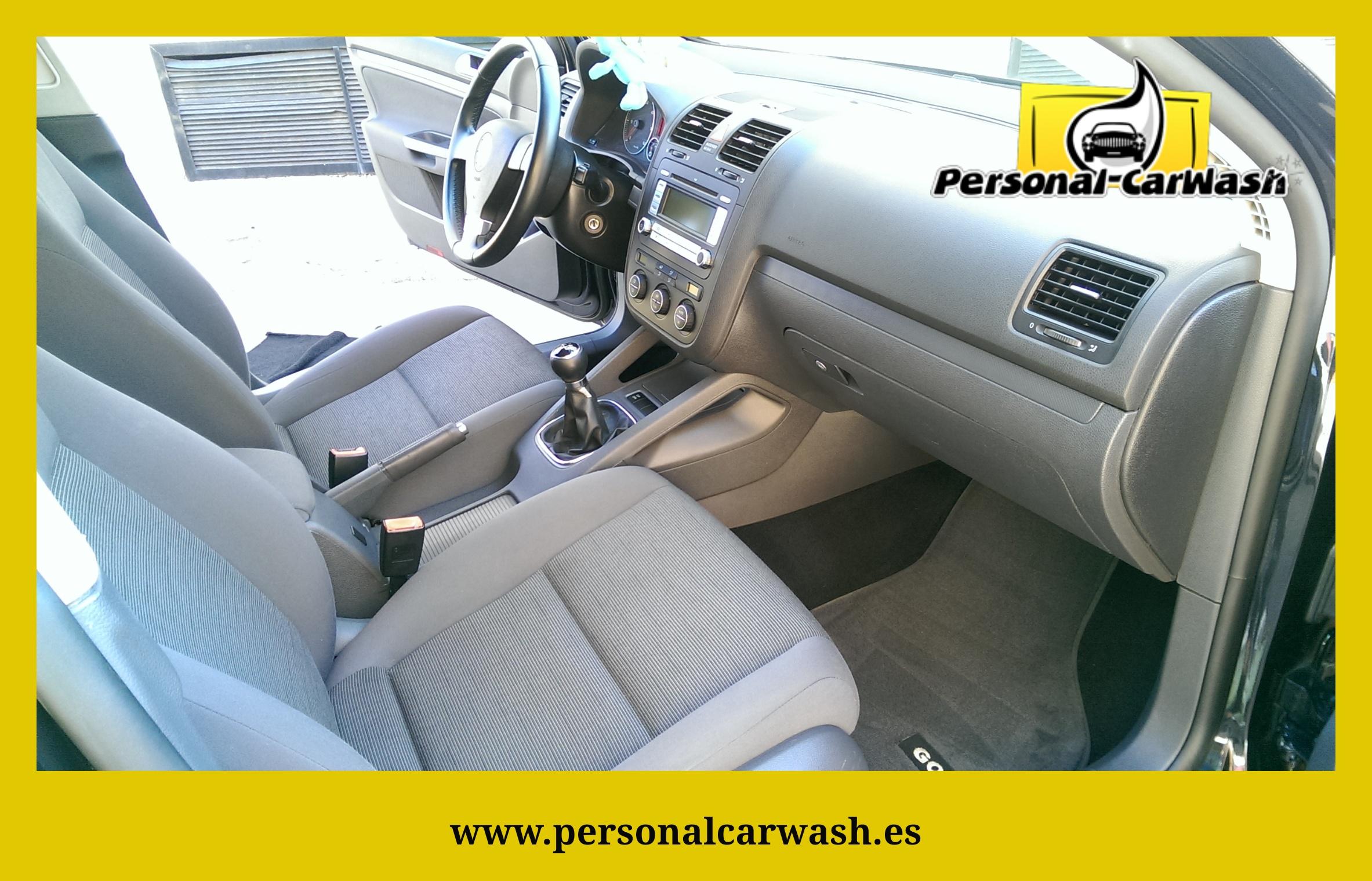 Volkswagen Golf Limpieza Integral Interior.